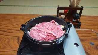 Hida region: Hida beef sukiyaki