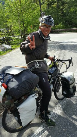 Norikura: This cyclist hauled all of his stuff up to 2700m elevation too