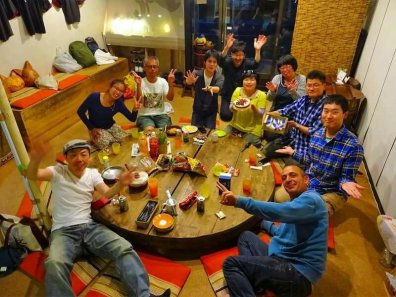 Matsumoto: Pot luck dinner at Candela Guesthouse